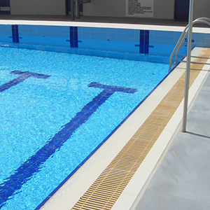 commercial-pool-tile-inplace